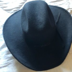 Accessories - Fedora hat